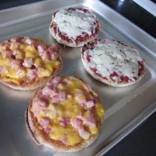 Freezer Mini English Muffin Pizzas