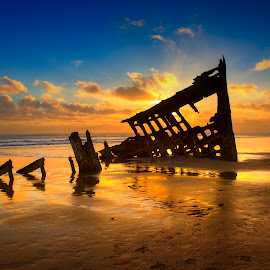 Grounded by Ken Smith - Buildings & Architecture Decaying & Abandoned ( oregon, shipwreck, peter iredale, landscape )
