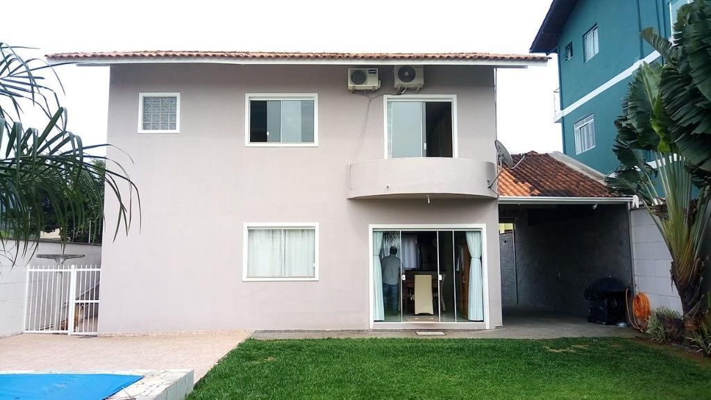Casa no bairro Ariribá