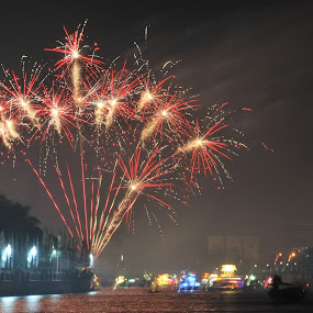 firework and ornament boat by Muhammad Yamani - Public Holidays Other ( ornament boat, firework )
