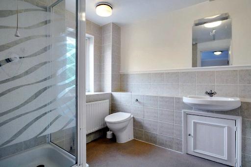 4 Bedroom, 3 Bathroom