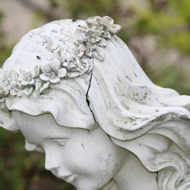 by Denise Tenpenny - Buildings & Architecture Statues & Monuments