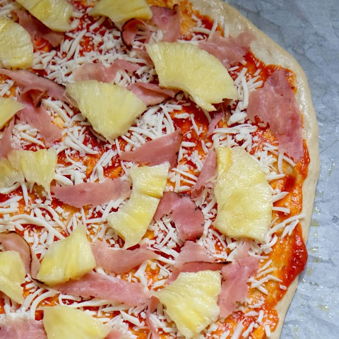 Fresh Pineapple and Shaved Ham Pizza with Mascarpone Cheese