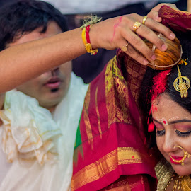 THE VERMILION by Arijit Banerjee - Wedding Ceremony ( wedding photography, 50mm, candid, ritual, wedding moment, bengali, wedding ceremony, canon )