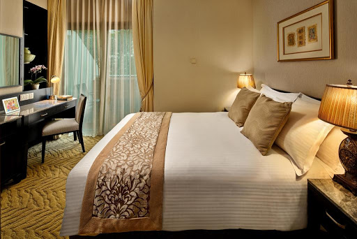 3 Bed Executive Suite