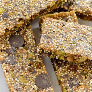 Chocolate Pistachio Quinoa Bars