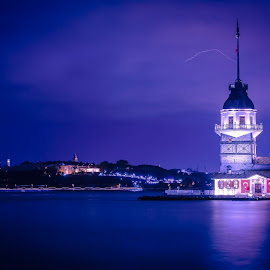 Maiden Tower in Istanbul by Arif Sarıyıldız - Landscapes Travel ( istanbul turkey, hagia sophia, bosphorus, topkapi palace, blue hours, maiden tower, sultanahmet mosque )