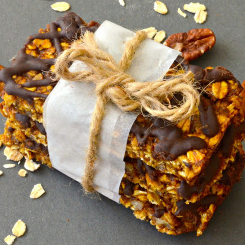 Pumpkin, Pecan & Chocolate Granola Bars