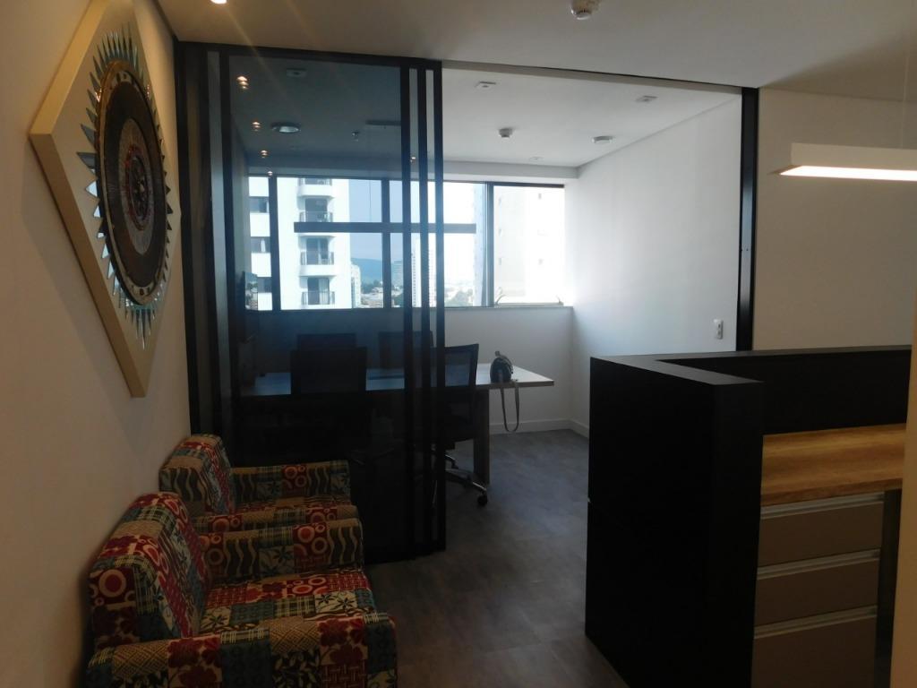 [Excelente sala comercial no Uffizi Medical & Business Center para locação/venda]
