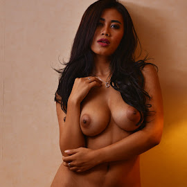 Sexy lady by Kingkong Pang - Nudes & Boudoir Artistic Nude ( photo model, sexy, lady, model, nude )