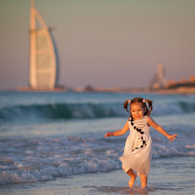 by Simon Charlton - Babies & Children Children Candids ( dubai photographer, simon charlton photography )