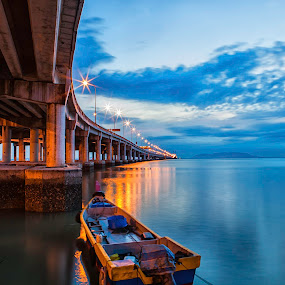 PENANG BRIDGE by P Hin Cheah - Landscapes Sunsets & Sunrises ( dawn, penang bridge, penang, bridge, sunrise )
