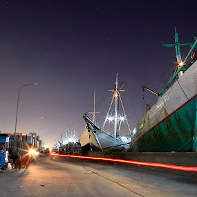 Sunda Kelapa Harbour at Nite by Steven Silman - Landscapes Travel