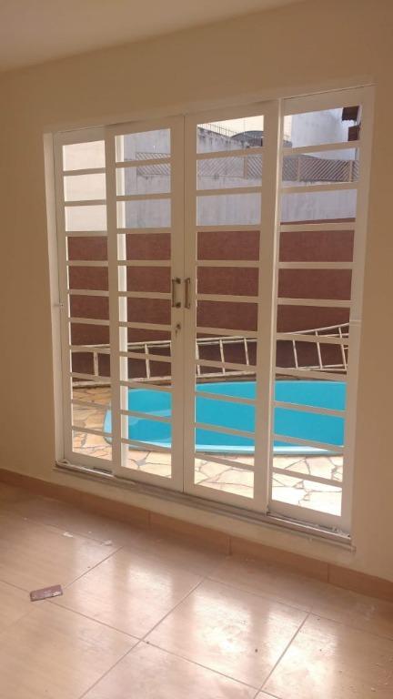 Sobrado com 3 dormitórios à venda, 178 m² por R$ 600.000 - Jardim do Lago - Atibaia/SP