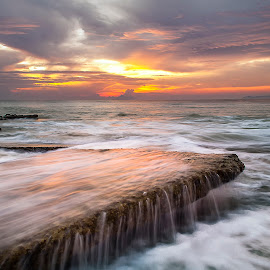 Sunrise Seascape on Monsoon season by Megat Mohd Zaim Bin Zamani - Landscapes Sunsets & Sunrises ( sunrises, monsoon, photographer, sea, landscape photography, golden gate, sunrise, seascape, landscape, lanscapes, photography, golden hour )