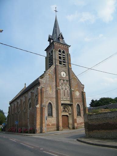 photo de Eglise Saint Quentin (Halloy-les-Pernois)