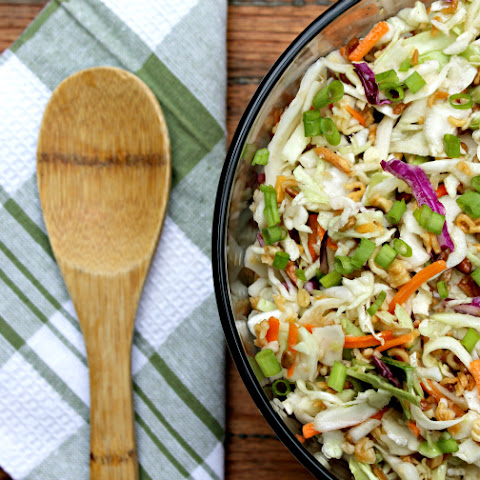 Crunchy Asian Ramen Noodle Salad