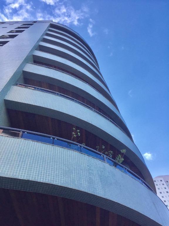 Apartamento com 3 dormitórios para alugar, 150 m² por R$ 1.600/mês - Manaíra - João Pessoa/PB