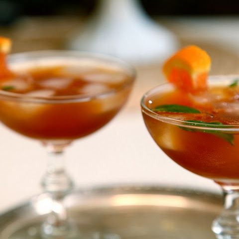 Sweet Tea Bourbon Cocktails