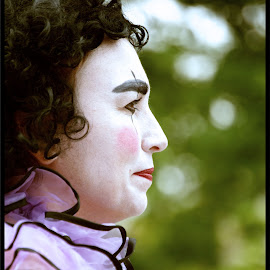 Clown profile by Ginny Anderson - People Musicians & Entertainers ( clown, white face, profile )