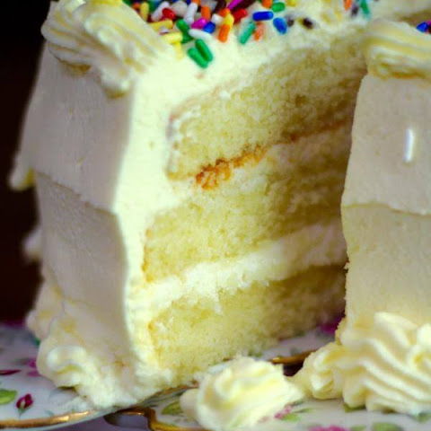 Lemon Layer Cake with White Chocolate Mousse Filling