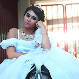 by Anip Dwi Pangestu - People Fashion ( queen )