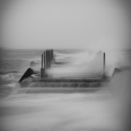 Storm... by Anri Croizet - Landscapes Weather ( wheather, water, black and white, waterscape, anri, pier, sea, storm, landscape, croizet )