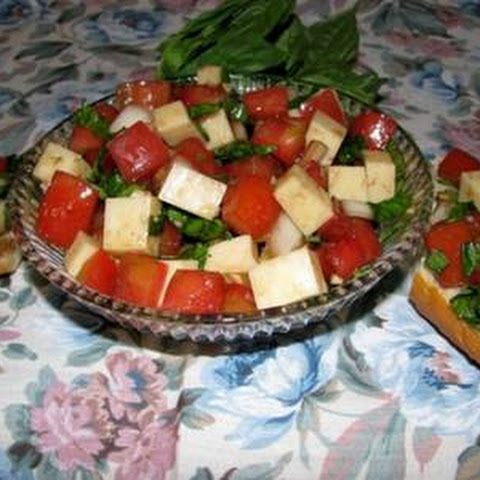 Tritate Insalata Caprese (chopped Tomato, Fresh Mozzarella, & Basil Salad)