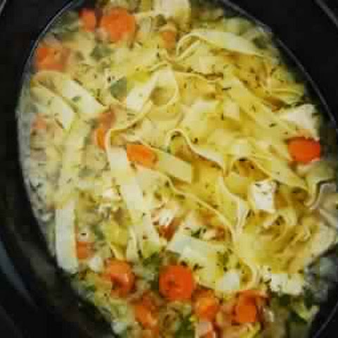Crock Pot Chicken Noodle Soup Recipe – 4 Smartpoints