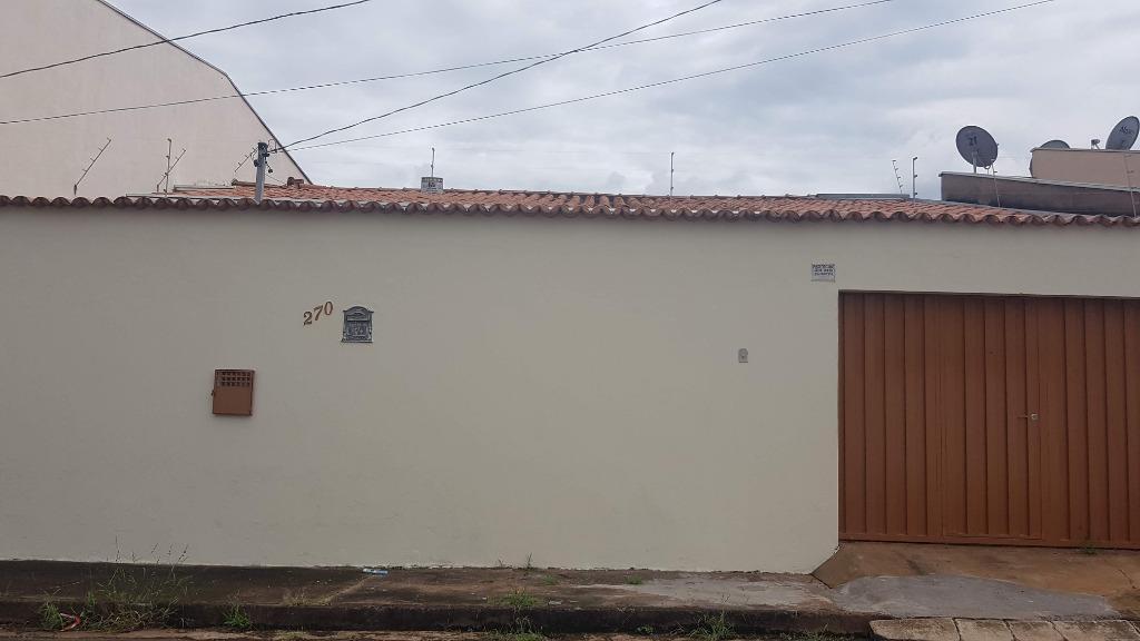 Casa com 3 dormitórios para alugar, 93 m² por R$ 1.000/mês - Conjunto Pontal - Uberaba/MG