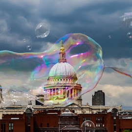 St Paul Cathedral through a bubble by Ankur Gautam - Buildings & Architecture Public & Historical ( chruch, public, bubble, blur, monument, st paul cathedral )