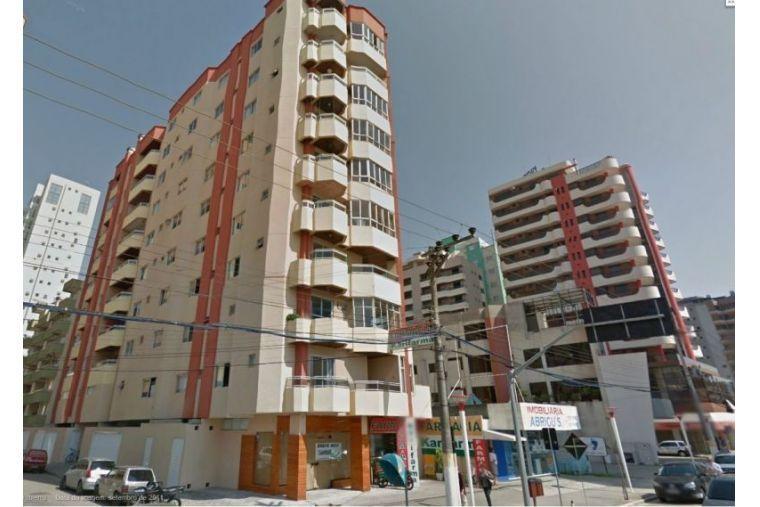 Apto com vista Mar 2 dormitórios sendo 1 suite Locação Anual R$ 2.115,00 paga só consumos