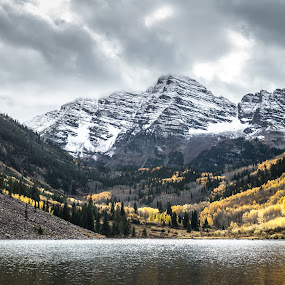 Maroon Bells, Co by Geoff Ridenour - Landscapes Mountains & Hills ( geoff ridenour, mountains, color, fall, www.geoffridenour.com, 2012, colorado, © 2012 geoff ridenour, travel )