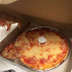 Is it that cheese doesn't stay on gluten free pizza? Or that your delivery guy dropped my pizza and still took my money? Lol We may never know... If your gluten free, don't waste your time or money here. Your cheese will fall off.