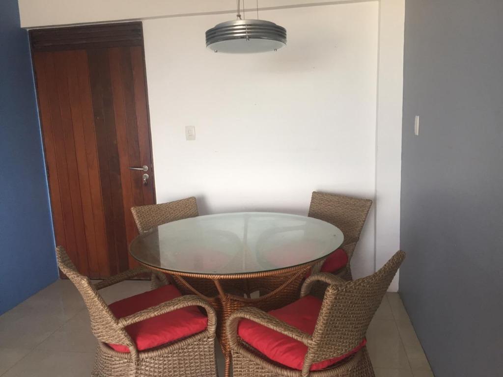 Apartamento com 3 dormitórios para alugar, 95 m² por R$ 1.411/mês - Bairro inválido - Cidade inexistente/NN