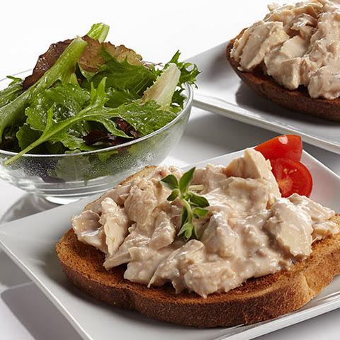 Creamed Chicken on Toast Creamed Chipped Tuna on Toast