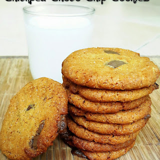 Chickpea Choco Chip Cookie