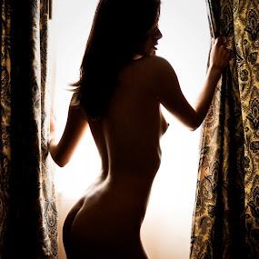 Silueta by Camilo Monery - Nudes & Boudoir Artistic Nude