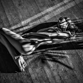 Gloria by Adriano Ferdinandi - Nudes & Boudoir Artistic Nude