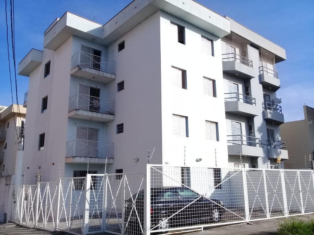 Apartamento com 2 dormitórios para alugar, 52 m² por R$ 800/mês - Jardim Faculdade - Sorocaba/SP