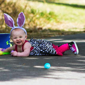 Showin Her Two Teeth by Shane Vandenberg - Public Holidays Easter