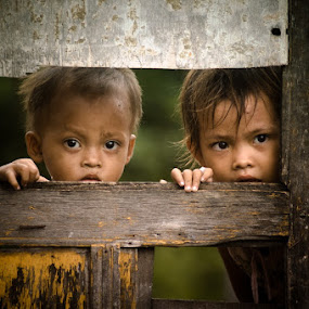 Behind the Door by Wisnu Taranninggrat - Babies & Children Toddlers ( children, human interest )