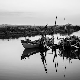 Stillness by Carla Roque - Black & White Landscapes ( barcos, pb, mourisca, paisagem )
