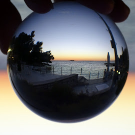 sunset on the sea in glass sphere by Patrizia Emiliani - Artistic Objects Glass ( sfera, vetro, sunset, sea )