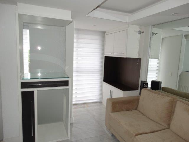 Cobertura de 2 dormitórios em Mossunguê, Curitiba - PR
