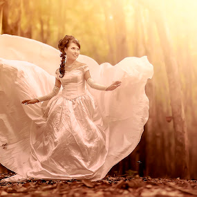 princess has comes by Dimas Winarto - Wedding Bride ( bridal, vintage, brown, bride, women )