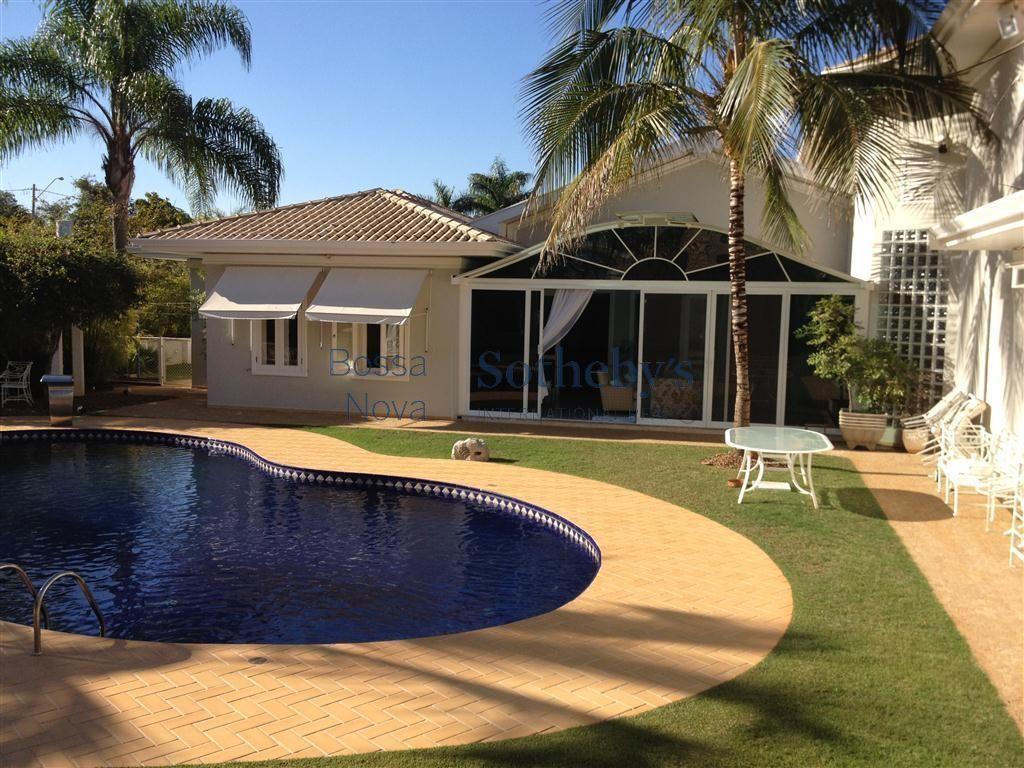 Casa em Itu com linda piscina