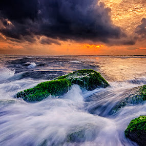 Dark Clouds by Hendri Suhandi - Landscapes Cloud Formations ( clouds, bali, beach, sunrise )