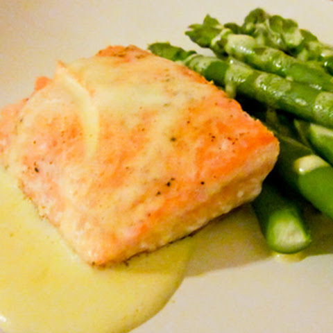 Pan-Roasted Salmon with Lemony Hollandaise Sauce