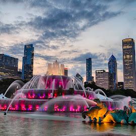by Péter Mocsonoky - City,  Street & Park  Fountains ( urban, building, america, fountain )